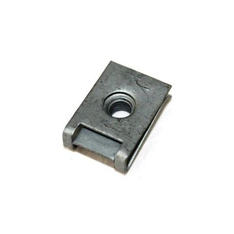 Παξιμαδι κλιπς 5mm